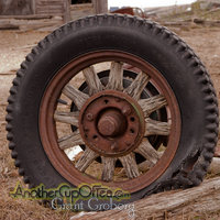 Wooden Spoked Tire
